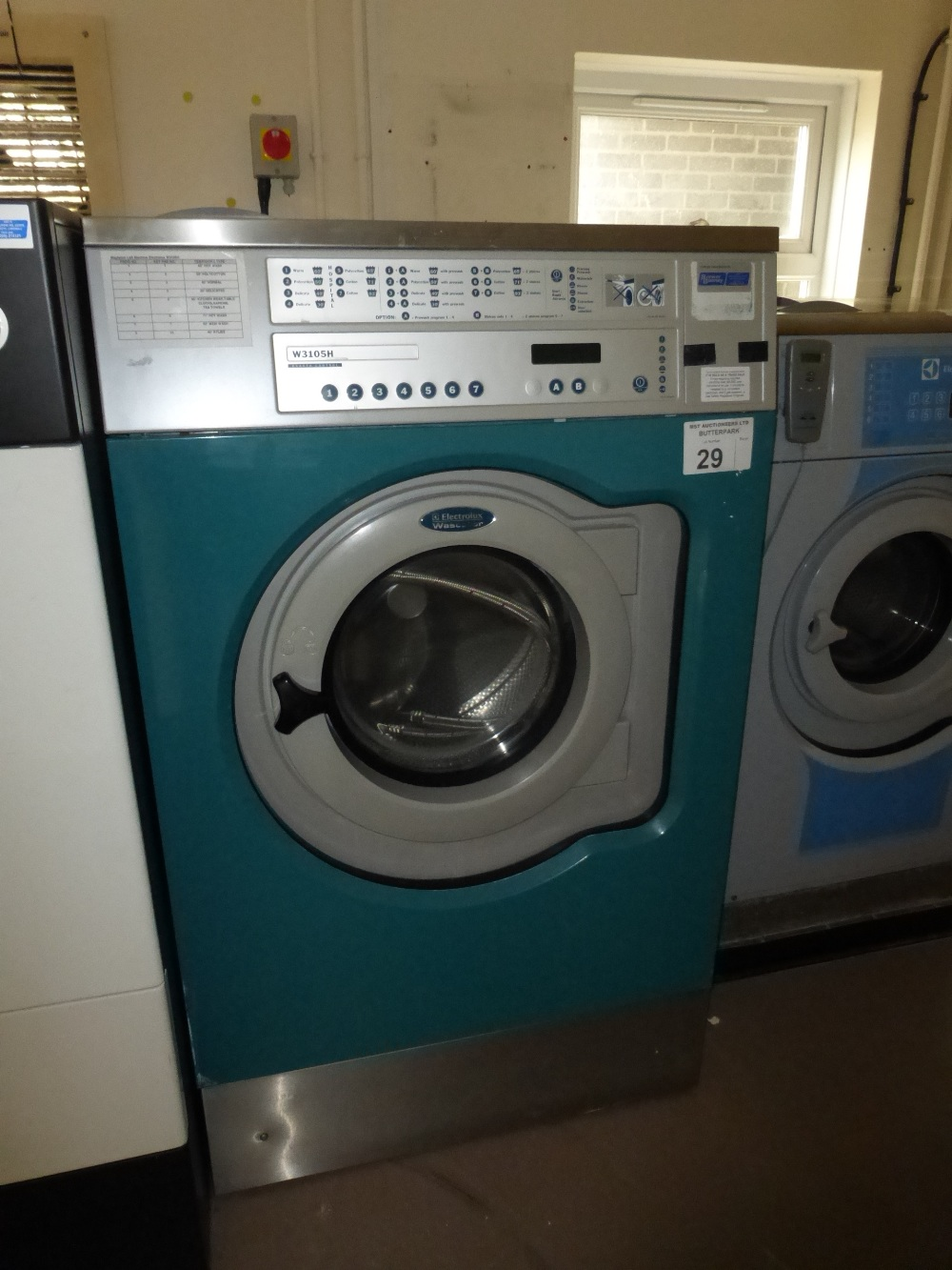Lot 29 - An Electrolux Wascator W3105H commercial washing machine, Serial  No: 00595/
