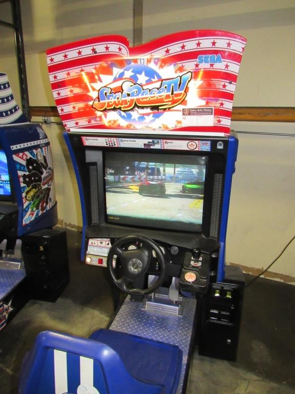 Lot 168 - SEGA RACE TV DEDICATED RACING ARCADE GAME #1