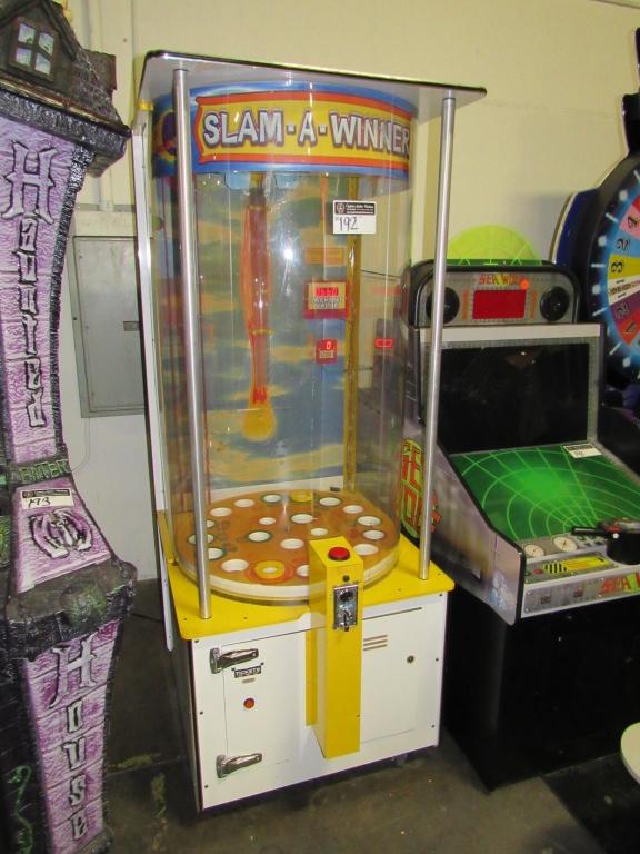 Lot 192 - SLAM A WINNER TICKET REDEMPTION GAME BENCHMARK