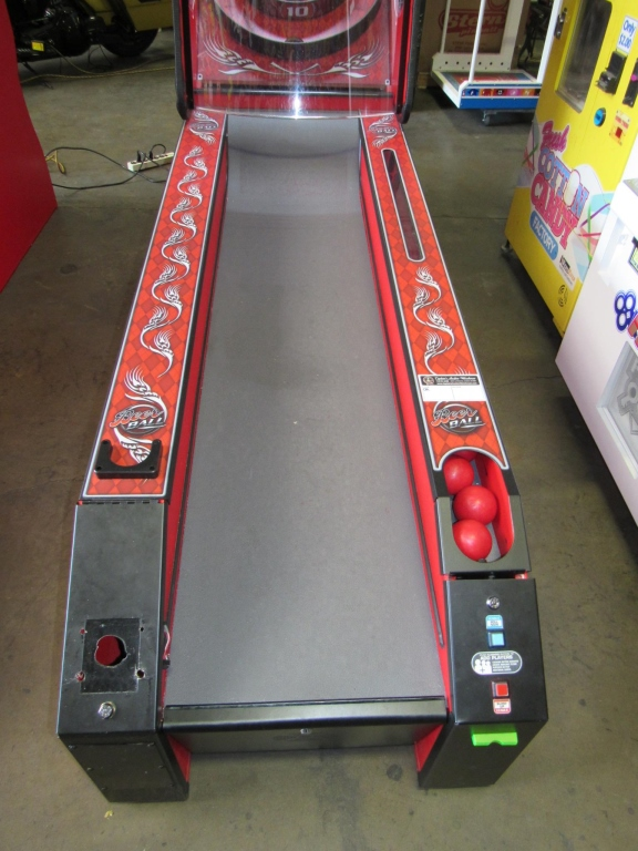 Lot 202 - BEER BALL ALLEY ROLLER REDEMPTION GAME BAYTEK #2