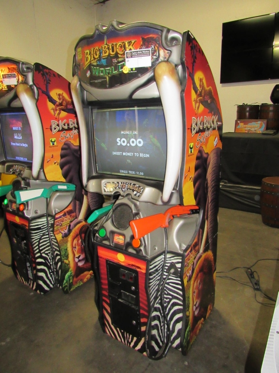 Lot 159 - BIG BUCK WORLD SHOOTER ARCADE GAME RAW THRILLS #2