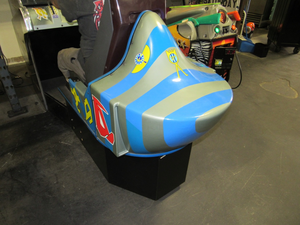 "Lot 158 - STAR WARS POD RACER DX 33"" SEGA ARCADE GAME #2"