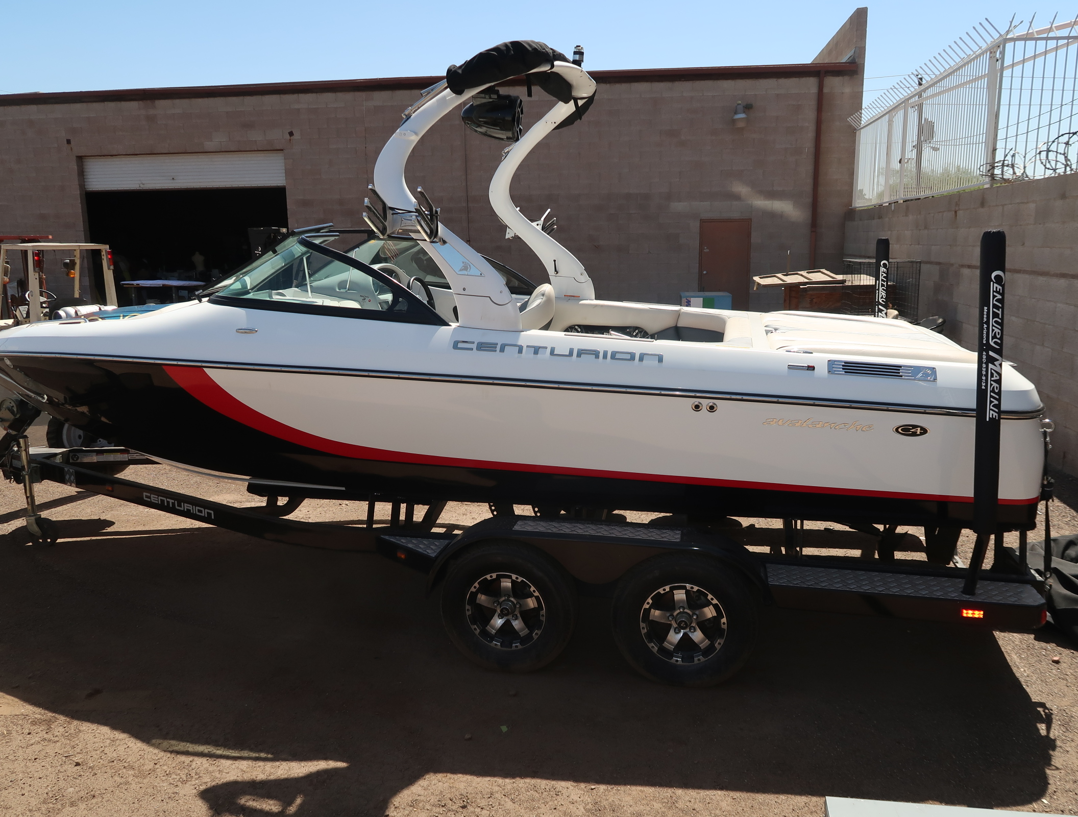 Centurian Avalanche C4 2013 Tow Boat W Wake Board Racks Tow Bar Pcm Ex 343 5 7l 350 Catanium