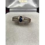18ct GOLD SAPPHIRE & DIAMOND RING