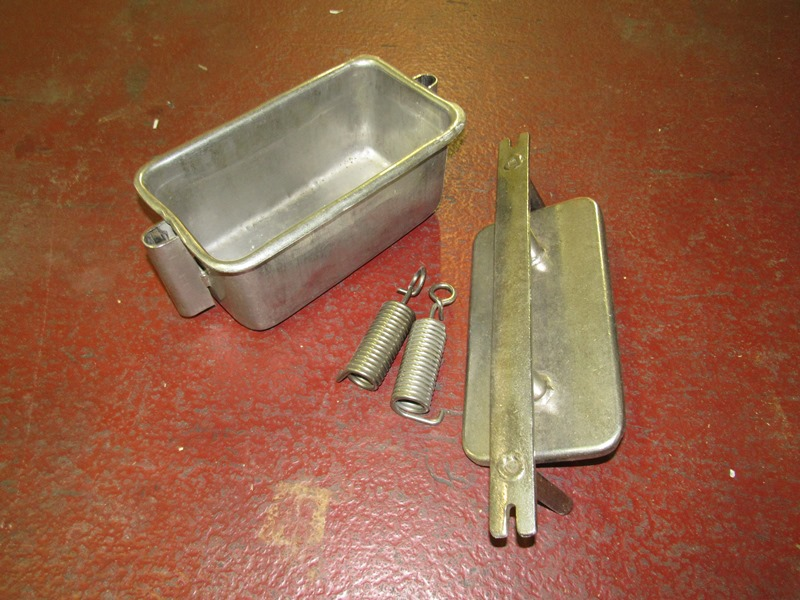 "Lot 1 - Stainless Steel Ham Molds, 6"" W X 12"" L X 5 1/2"" D, in stainless steel bin, 14 Pound Mold, mix of"