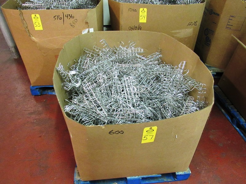 Lot 57 - Lot (600) Stainless Steel Bacon Combs, 10 prongs ($25.00 Required Loading Fee- Rigger: Nebraska