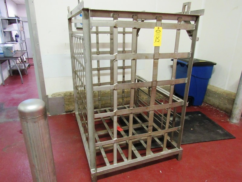 "Lot 15 - Stainless Steel Storage Bin for molds, 42"" W X 56"" L X 5' D ($25.00 Required Loading Fee- Rigger:"