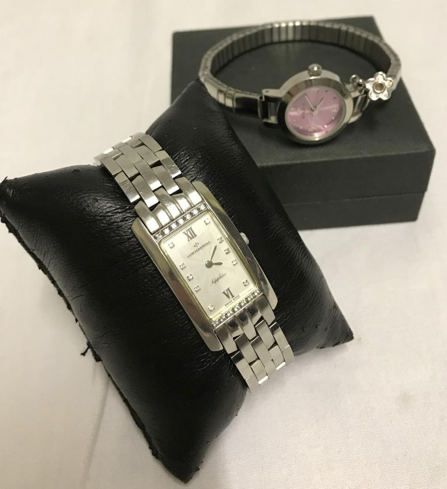 Lot 51 - 2 ladies modern quartz watches in good working condition.