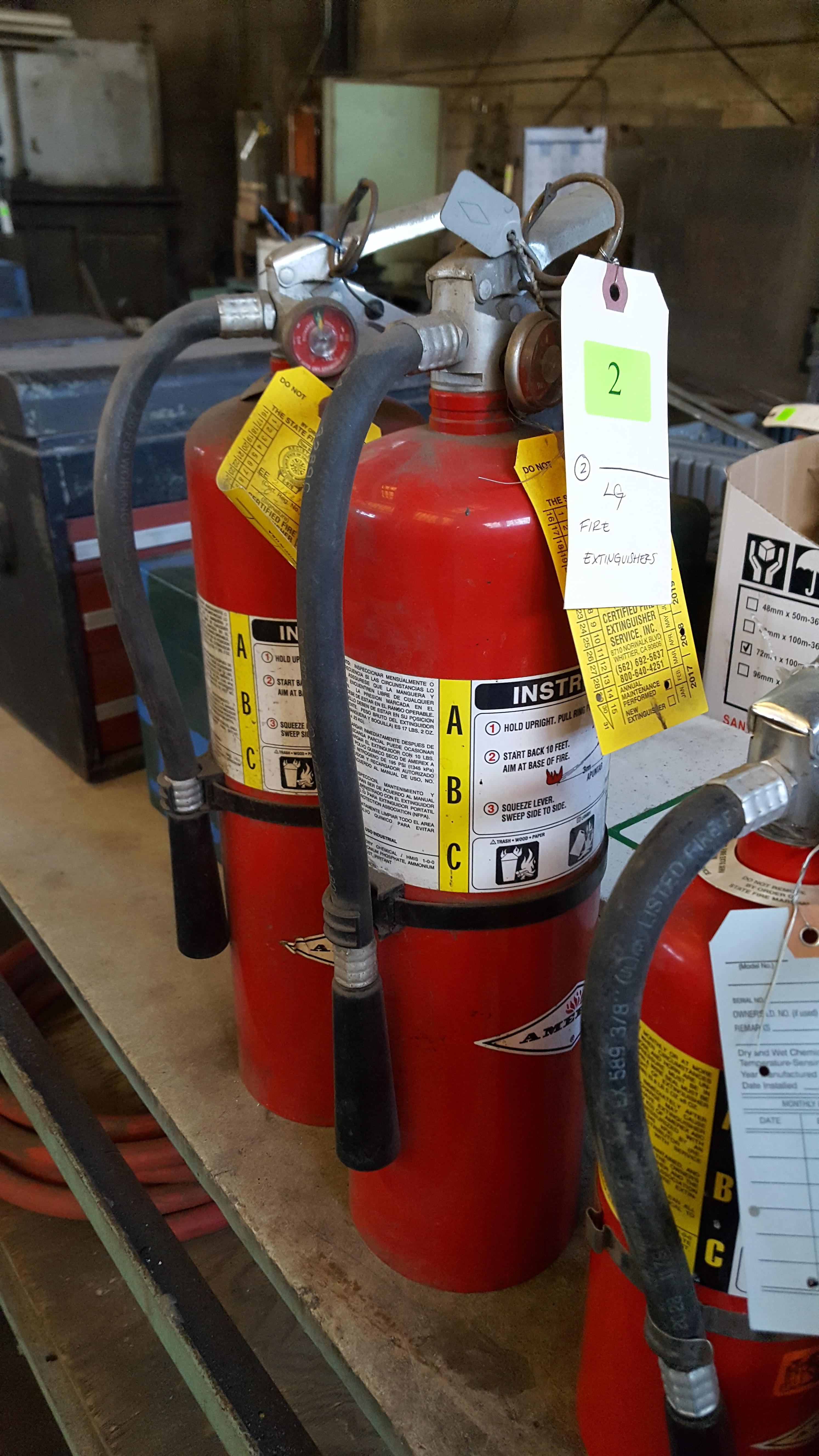 Lot 2 - LARGE FIRE EXTINGUISHERS