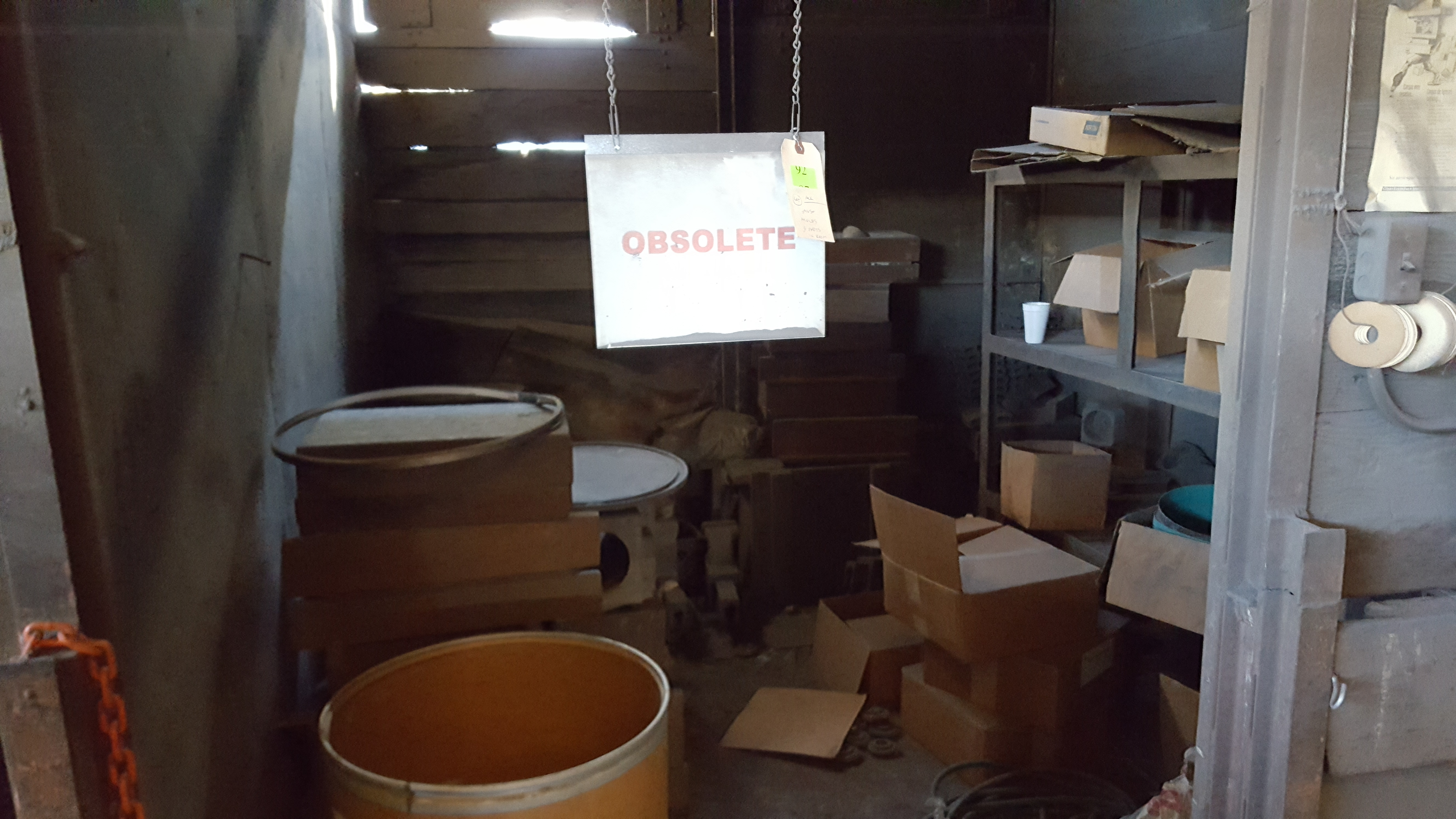 Lot 92 - ALL ASST PARTS AND MOLDS IN ROOM