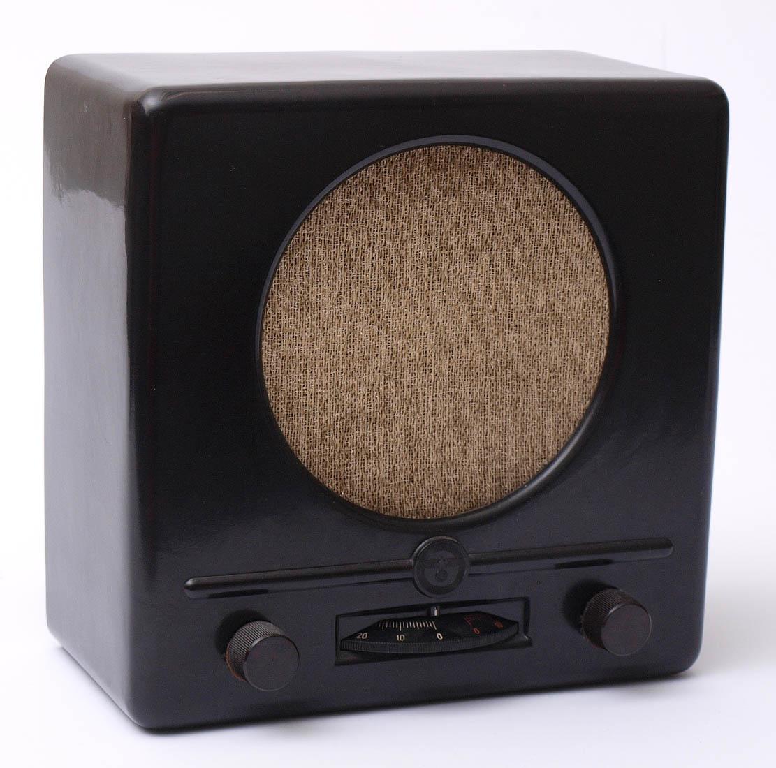 Los 10 - Deutscher Kleinempfänger, Modell GW110, 1938 Rundfunktechnische Erzeugergemeinschaft. Originales