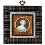 Miniaturmalerei auf Elfenbein, Dame mit Krone, England, 19. Jhdt.