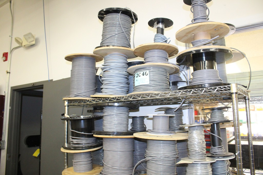 Lot 2046 - WIRE AND COMPONENTS ON TWO SHELVES, NO SHELVING