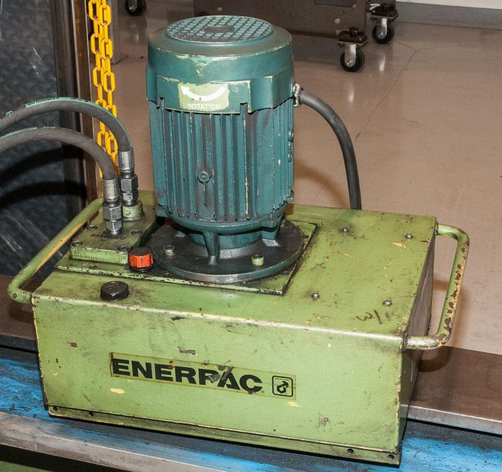 Krenn Stock Cutter K Max w/ Enerpac Hydraulic Pump 600 BAR - Image 2 of 3