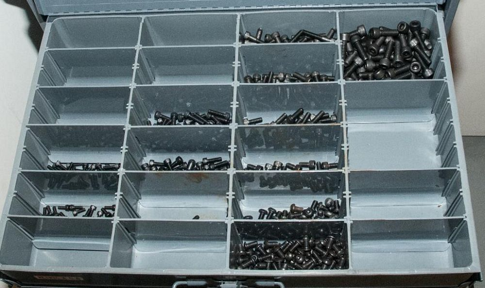 (3) Stacking cabinets of Hardware Drawers and Contents, screws etc, SAE and Metric, ea with (4) stor - Image 2 of 13