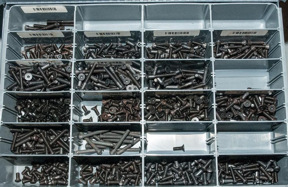 (3) Stacking cabinets of Hardware Drawers and Contents, screws etc, SAE and Metric, ea with (4) stor - Image 10 of 13