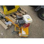 DFG 400 PETROL ENGINED GRINDER WHEN TESTED WAS SEEN TO RUN AND GRINDING ROTORS TURNED