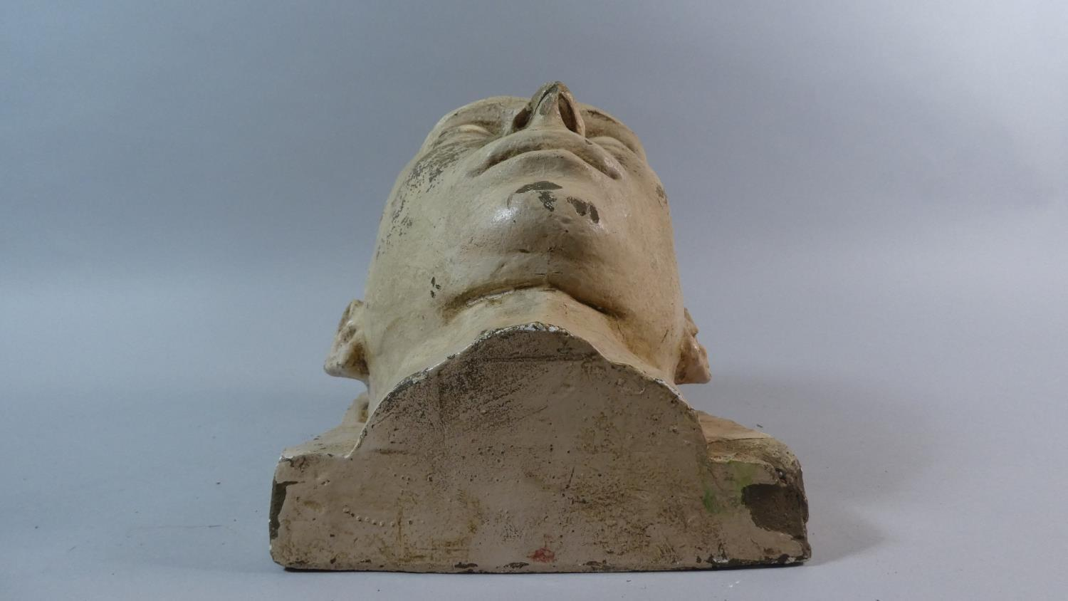 A 19th Century Plaster Death Mask of a Shaven Headed Man, Possibly a Convict or Asylum Inmate. - Image 7 of 7