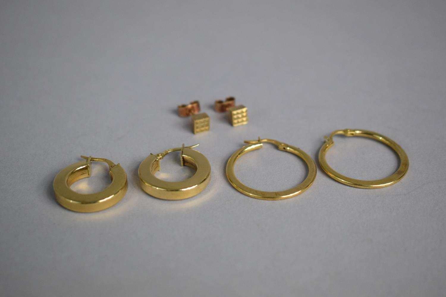 Lot 317 - A Collection of 9ct Gold Earrings 4.6gms Total Weight.