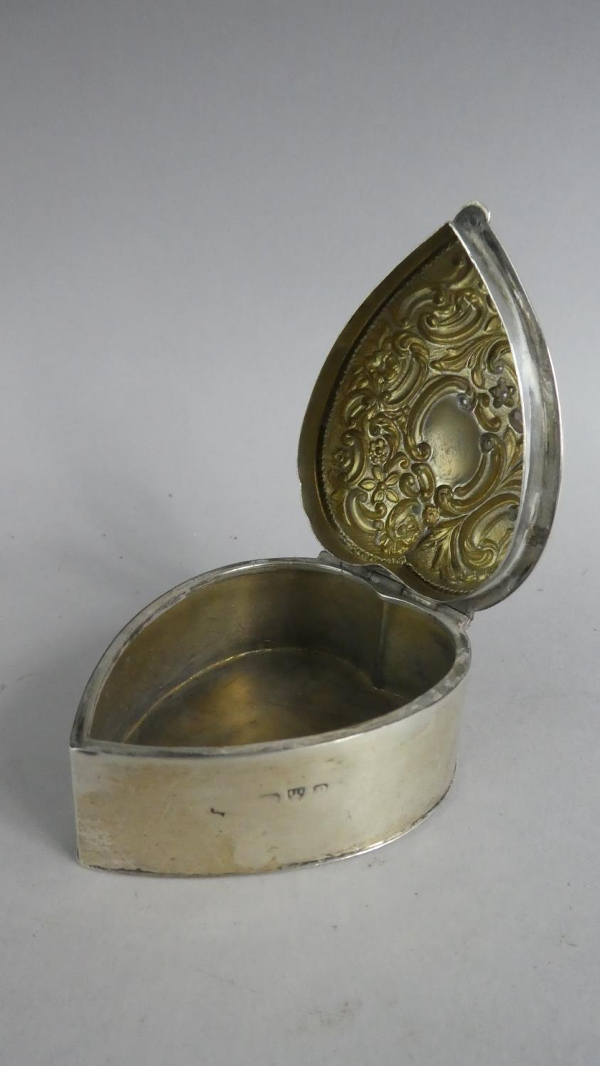 Two Heart Shaped Silver Boxes and a Silver Heart Shaped Pin Dish - Image 4 of 10