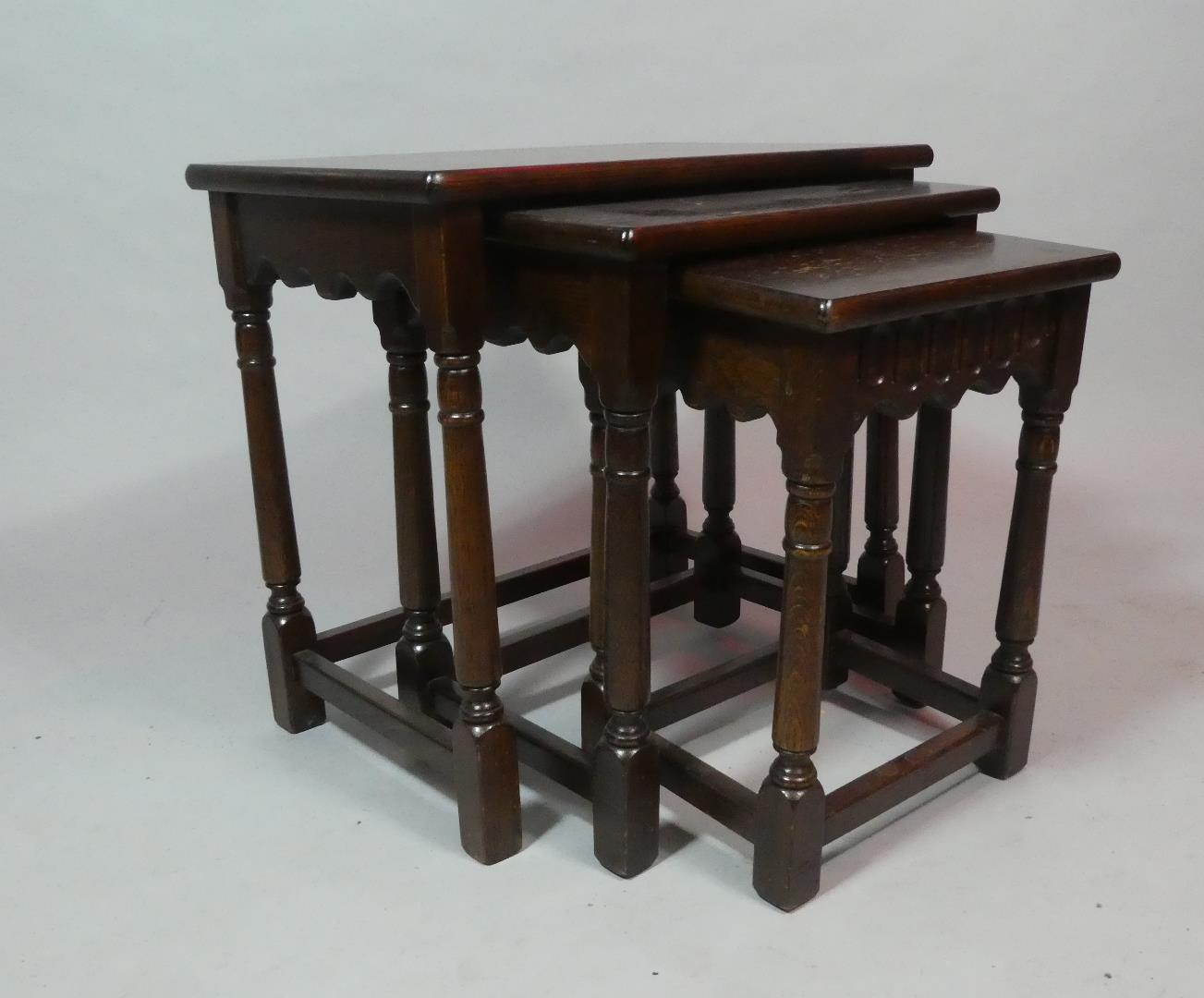 A Small Late 20th Century Oak Nest of Tables - Image 2 of 2