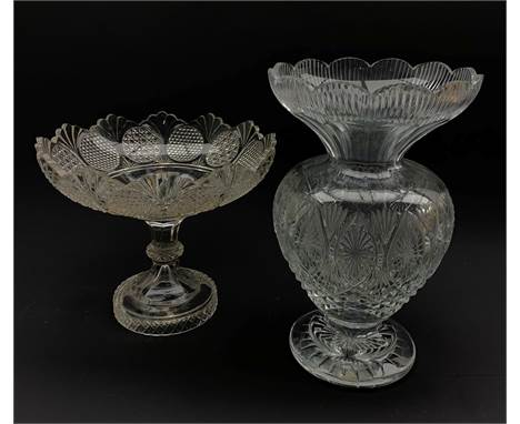 Large Waterford crystal pedestal vase with scalloped rim, H30.5cm and a cut glass bowl centrepiece (2) - Condition Report