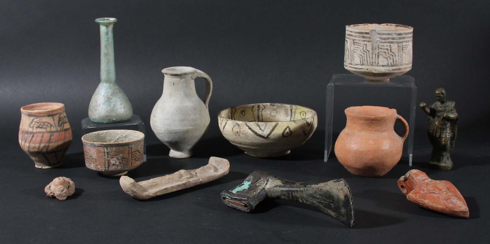 Lot 1492 - ANTIQUITIES: a mixed collection to include a Roman Glass unguentarium, Roman pottery fragments,