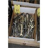 LOT OF COMBINATION WRENCHES