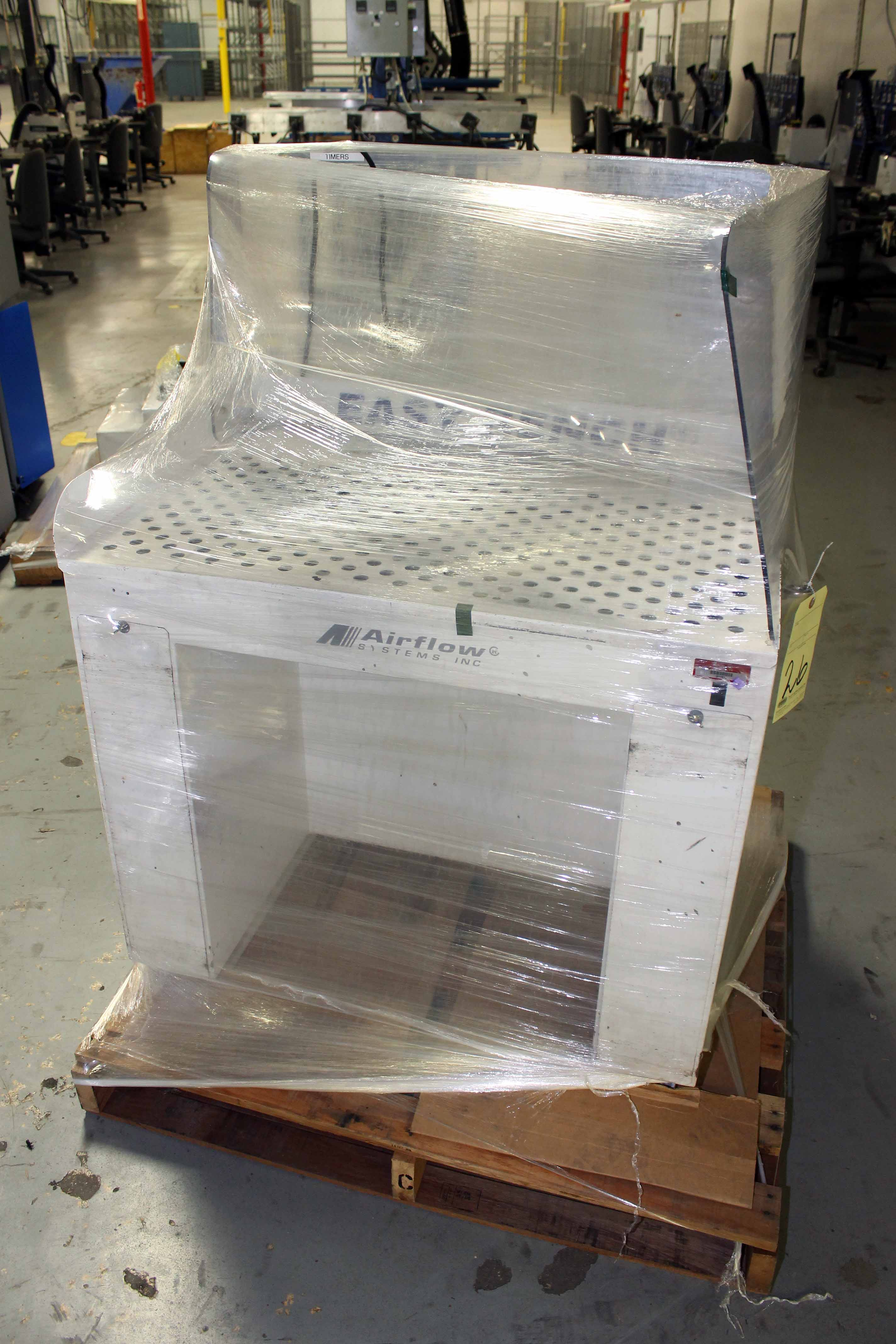 Lot 26 - DOWNDRAFT TABLE, AIRFLOW SYSTEMS MDL. EASY BENCH (Location 2 - Fallstone A)