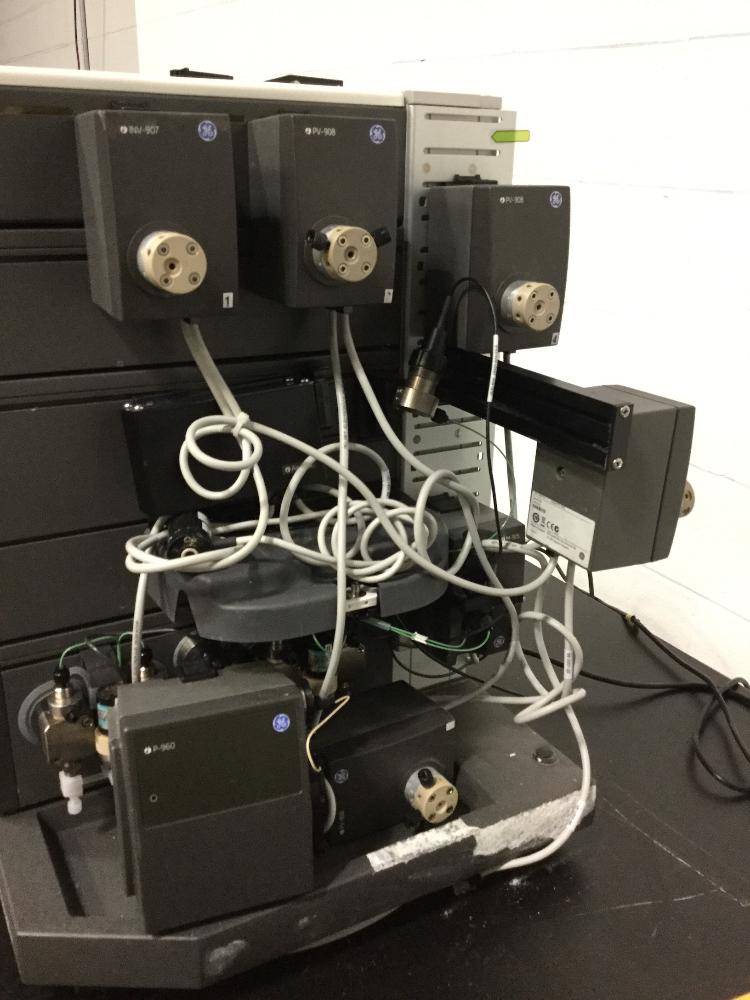 Lot 99 - GE AKTA Purifier FPLC System