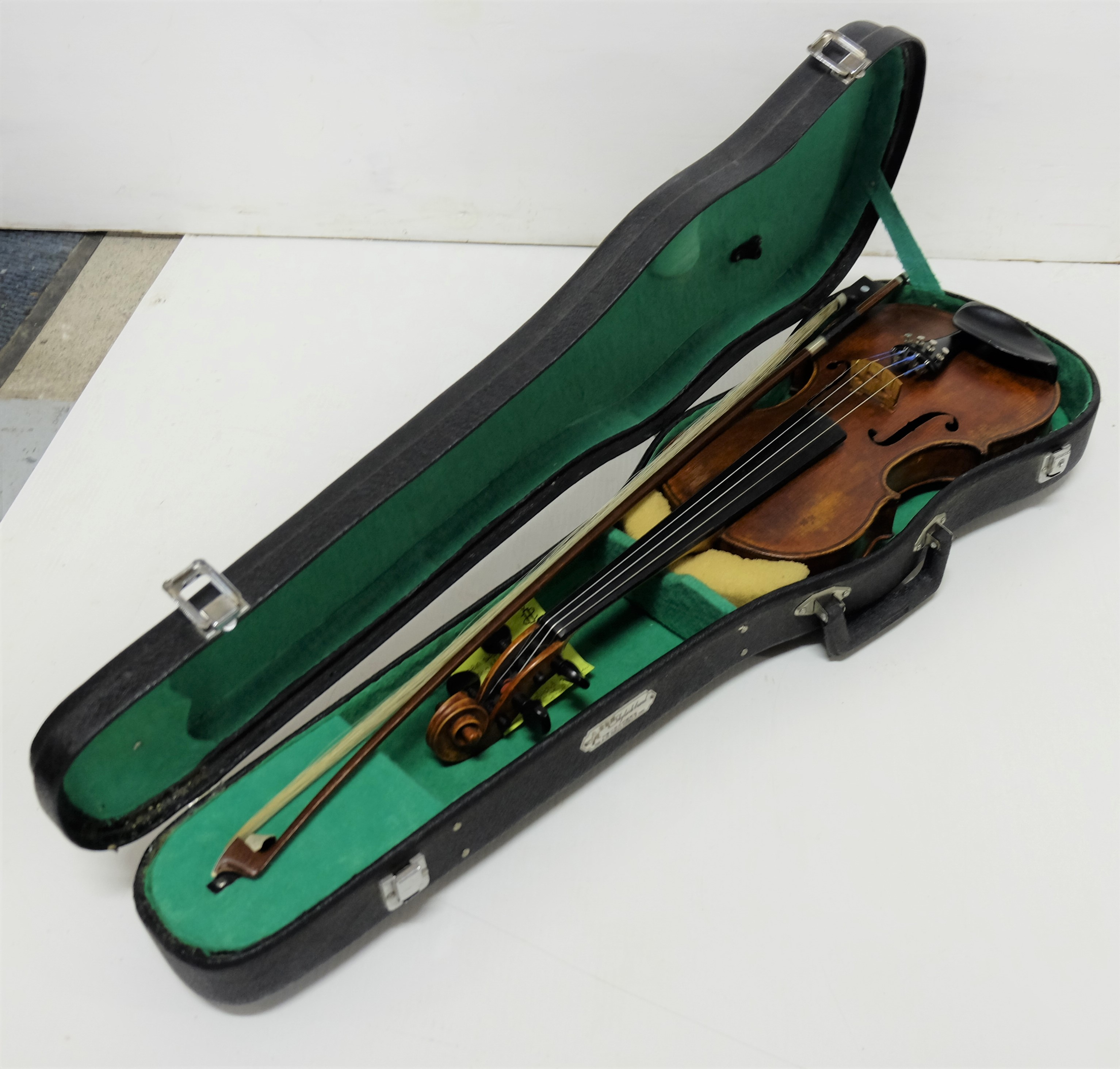 Lot 32 - Violin with Bow and carrying case (Chinese)