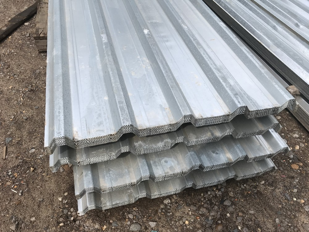 Lot 122 - Pack of 25no. 12ft box profile galvanised roof sheets