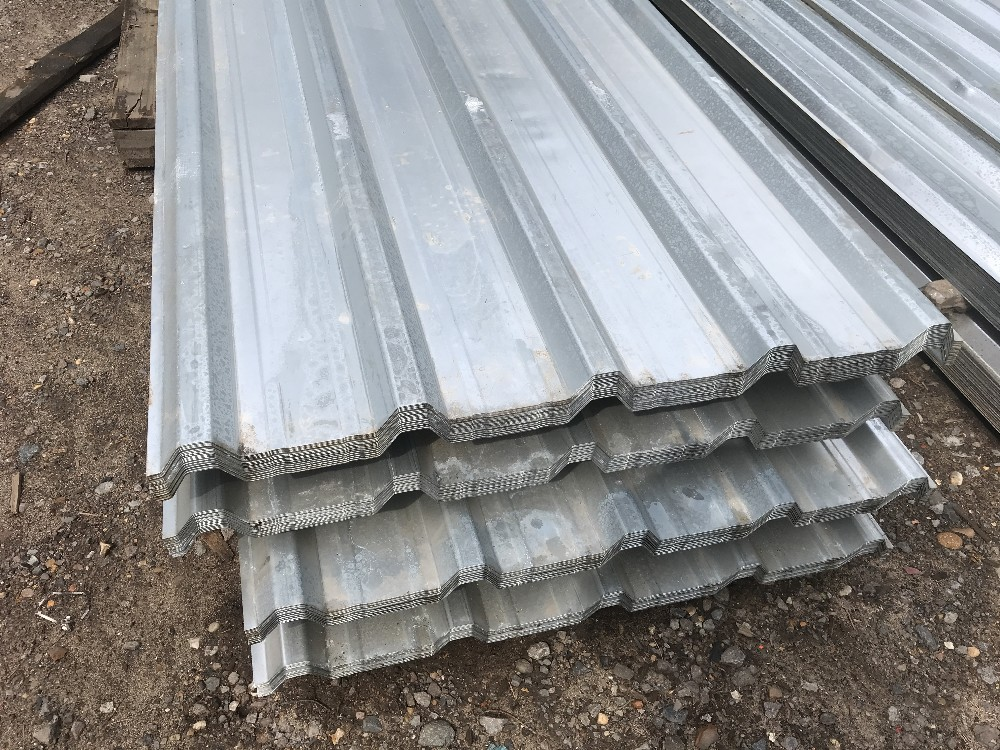 Lot 102 - Pack of 25no. 10ft box profile galvanised roof sheets