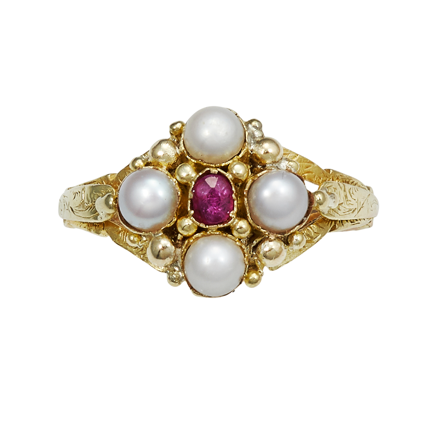Los 16 - AN ANTIQUE RUBY AND PEARL RING, 19TH CENTURY in high carat yellow gold, set with an oval cut ruby