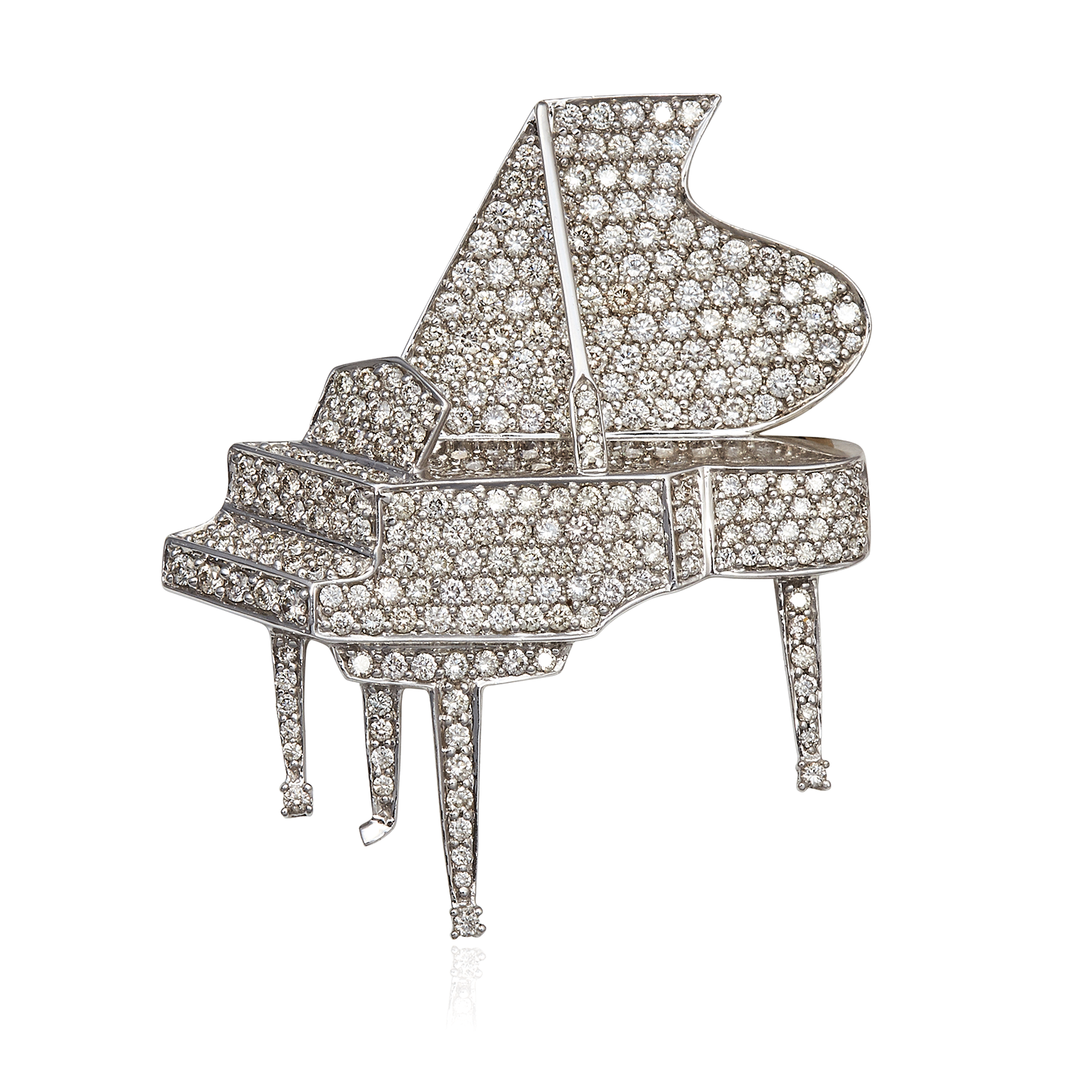 Los 56 - A DIAMOND PIANO BROOCH in 18ct white gold, jewelled all over with diamonds totalling approximately