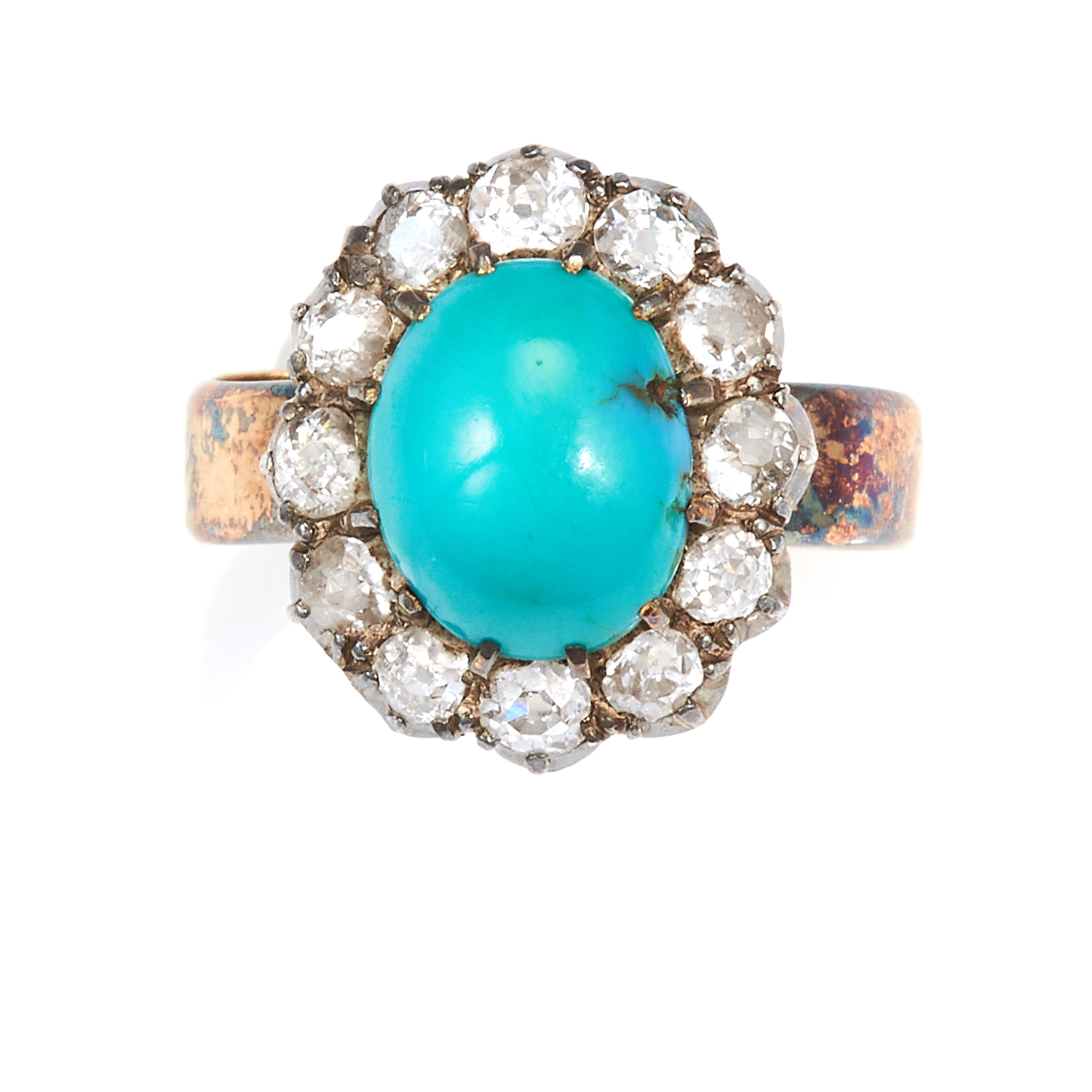Los 40 - AN ANTIQUE TURQUOISE AND DIAMOND RING in 18ct yellow gold and silver, set with an oval turquoise