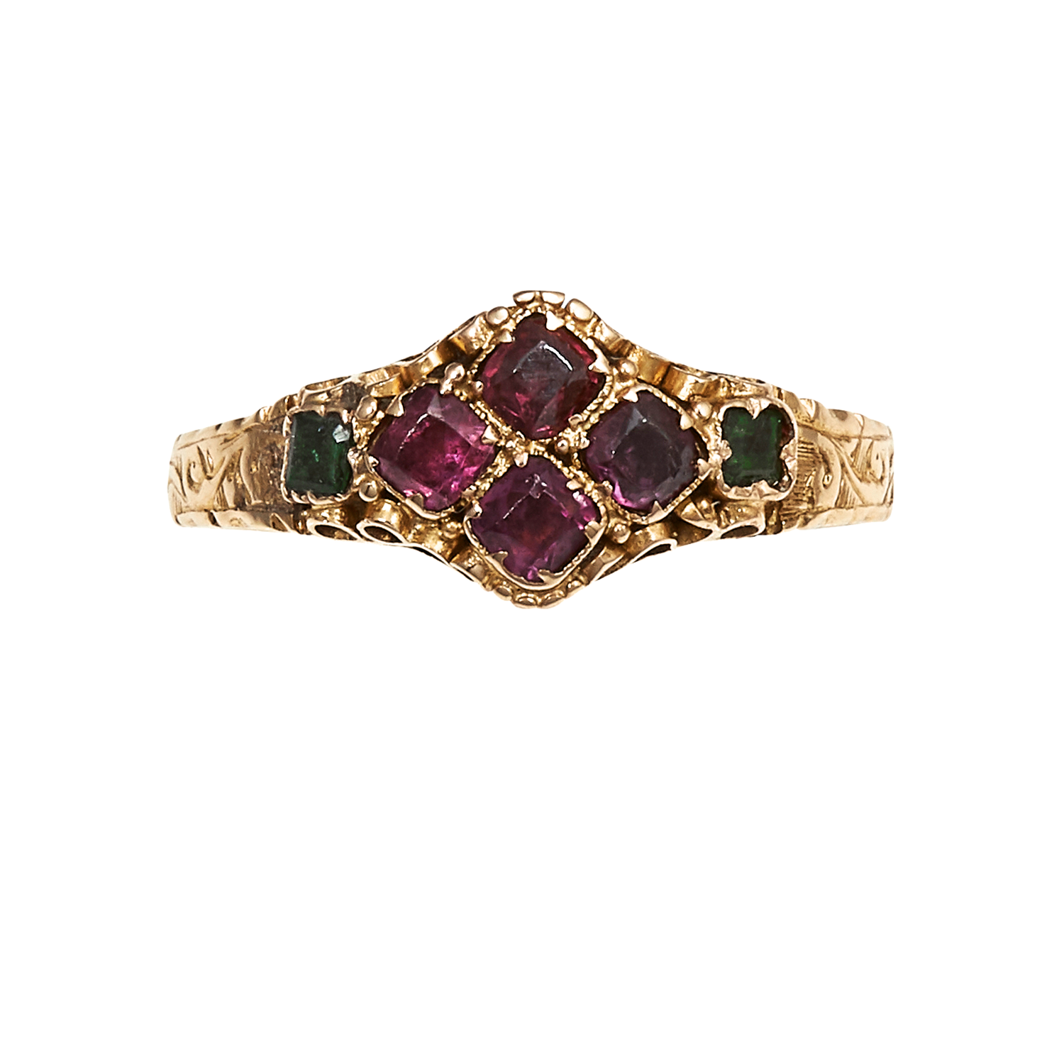Los 14 - AN ANTIQUE GARNET AND EMERALD RING, CIRCA 1870 in 15 carat yellow gold, set with a quatrefoil