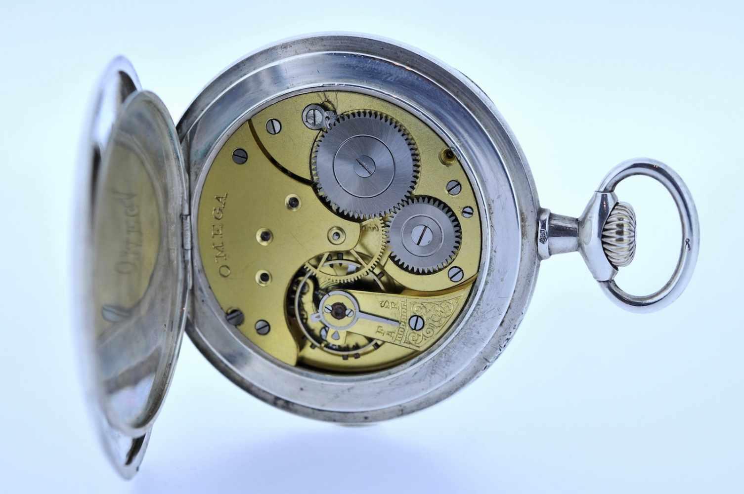 Silberne Taschenuhr Silberne Taschenuhr mit kleiner Sekunde, Omega, Breguetspirale, Ankerwerk, - Bild 2 aus 4