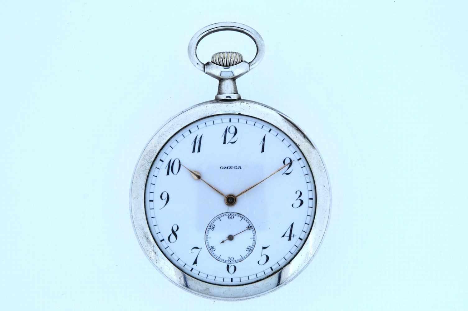 Silberne Taschenuhr Silberne Taschenuhr mit kleiner Sekunde, Omega, Breguetspirale, Ankerwerk,