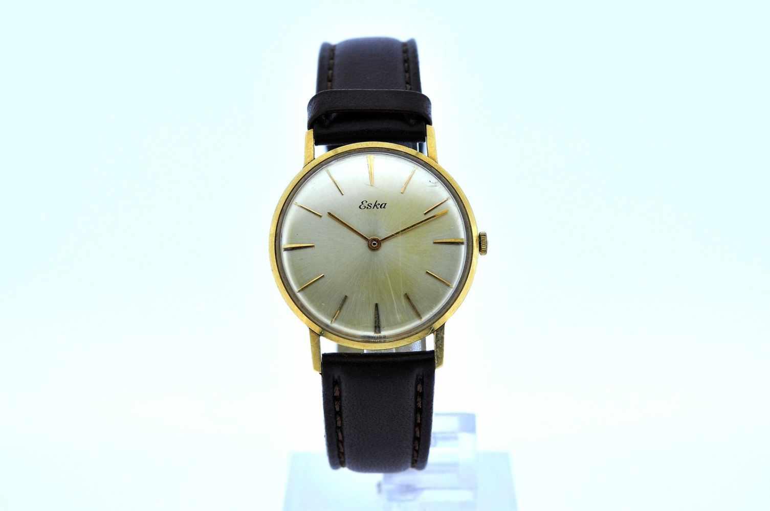 Eska Goldene Armbanduhr an Lederband, Eska, Handaufzug, Ankerwerk, Werkservice empfohlen, 28,1 g. - Bild 2 aus 6