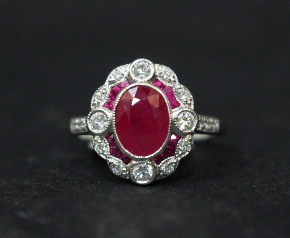 Lot 6 - AN 18CT WHITE GOLD RUBY & DIAMOND RING, Art Deco Style