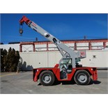 Lot 37 - ShuttleLift 5540 15 Ton Carry Deck Crane