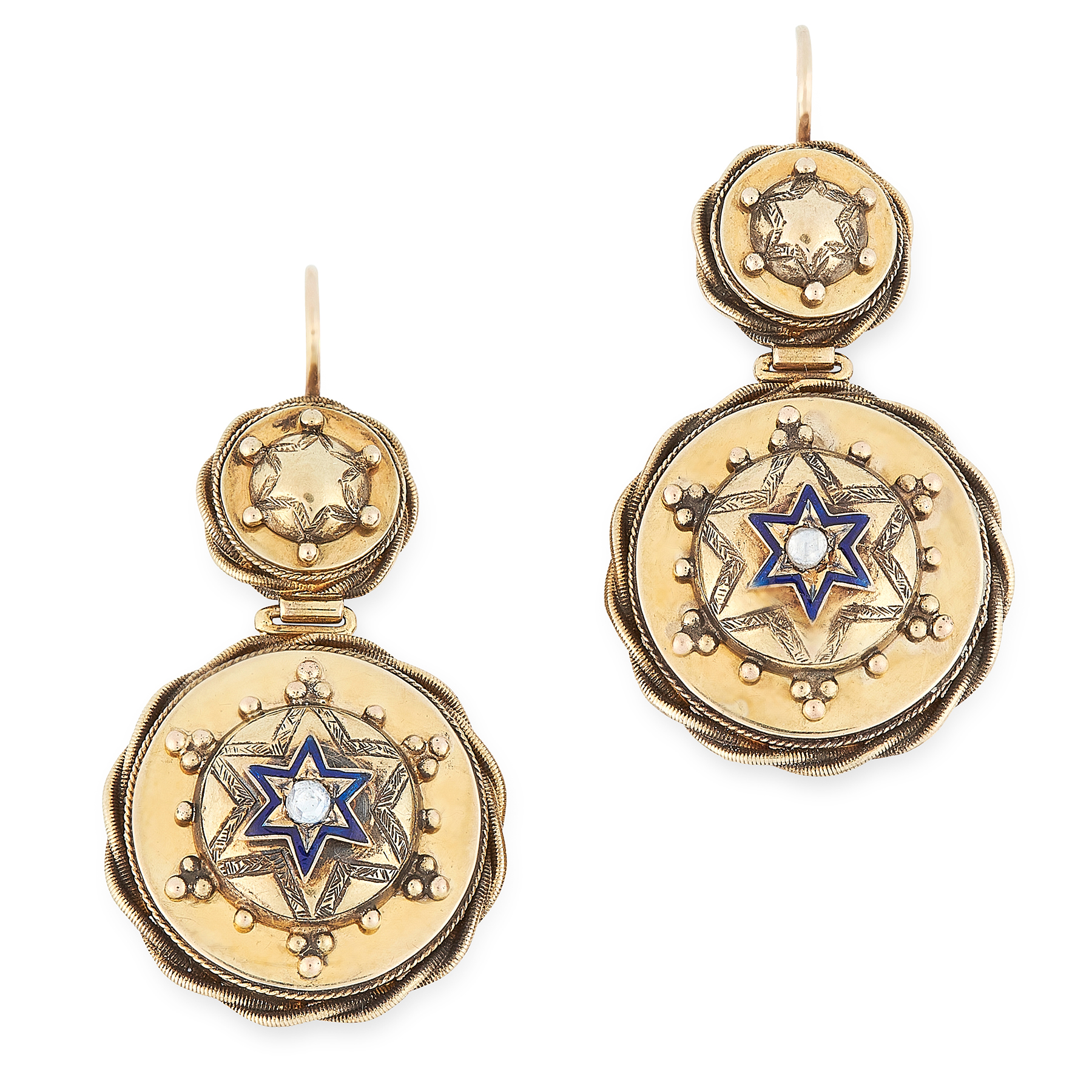 AN ANTIQUE DIAMOND AND ENAMEL MOURNING BROOCH AND EARRINGS SUITE, 19TH CENTURY in yellow gold, the
