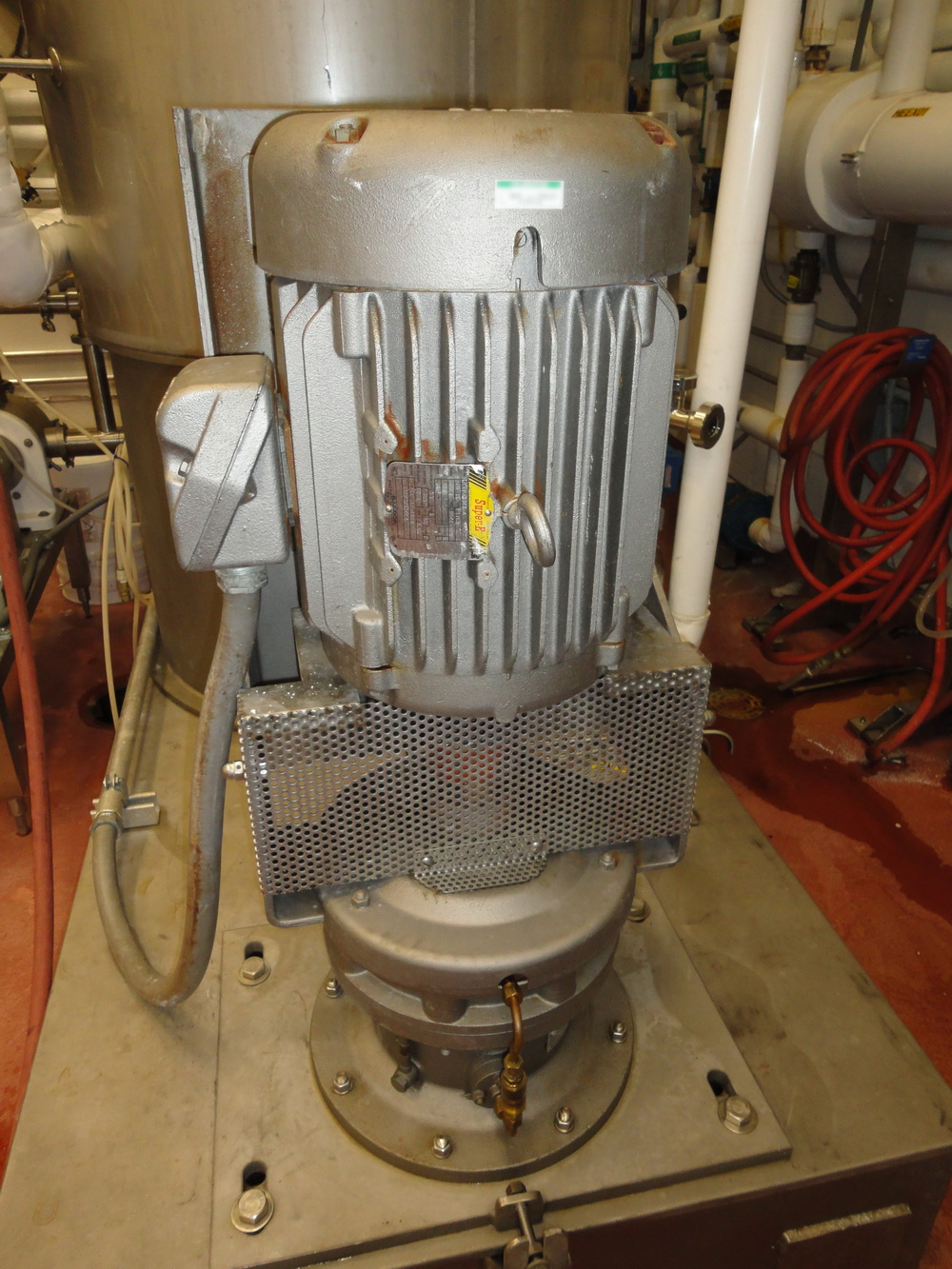 Vertical 1500 Liter/400 gallon SS Jacketed Vacuum Process Tank - Image 3 of 13