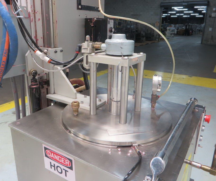 """""""Cavalla type"""" (Cherry Burrell) Electrically heated, portable, jacketed, mixing and filling Kettle - Image 17 of 17"""