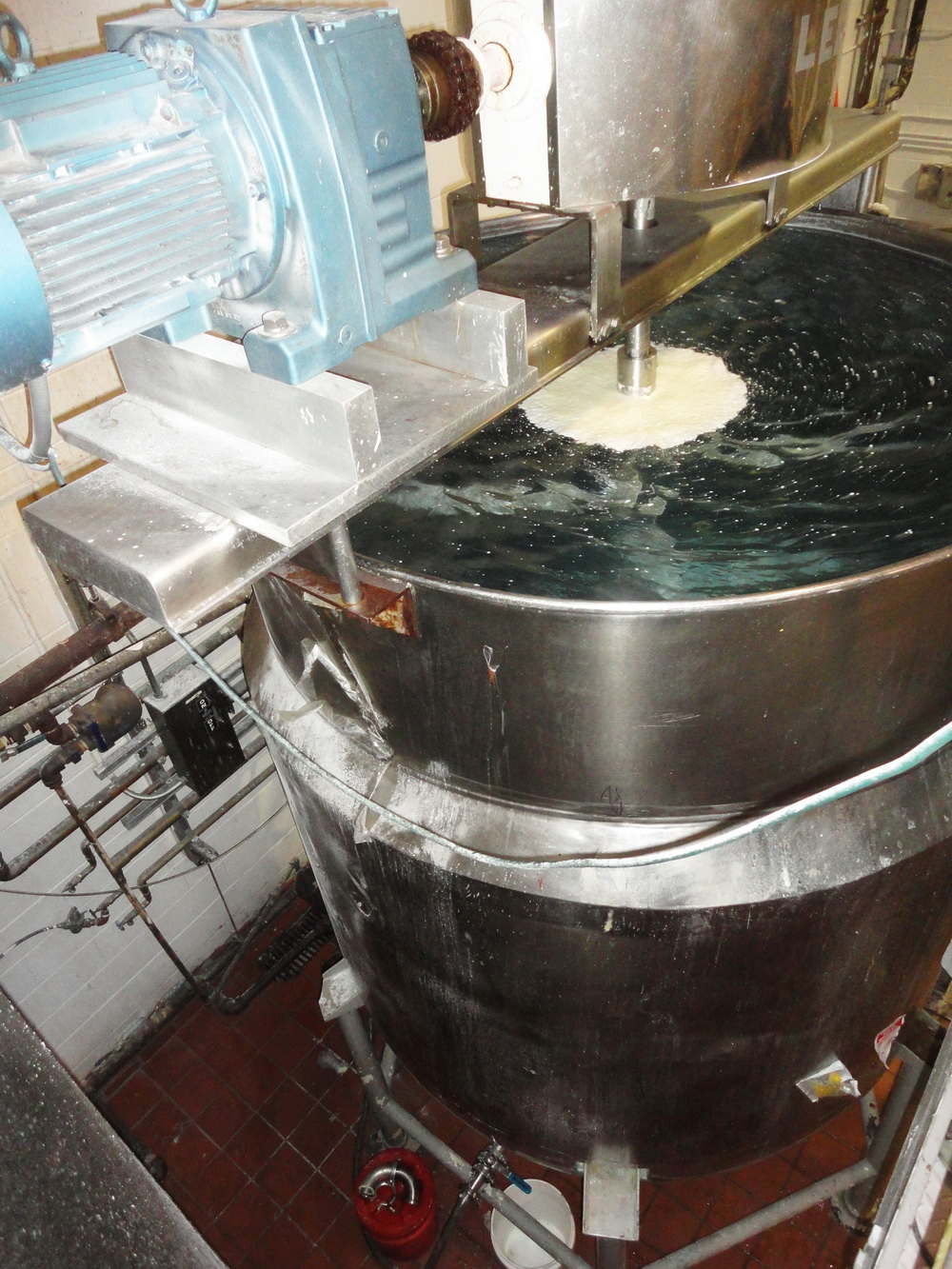Lee 1,500 Gallon SS Hemispherical Double Motion Scraper Jacketed Kettle - Image 3 of 8