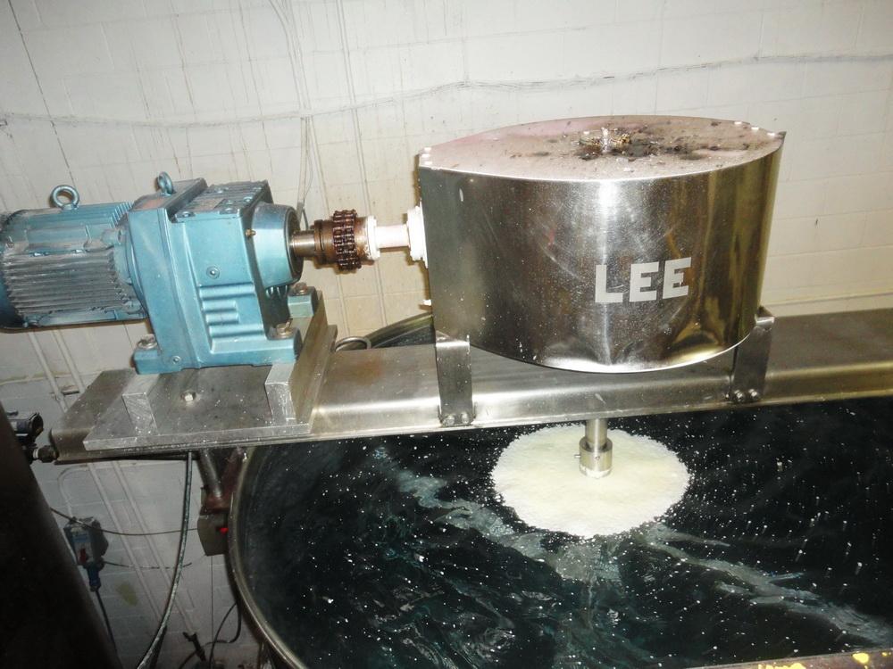 Lee 1,500 Gallon SS Hemispherical Double Motion Scraper Jacketed Kettle