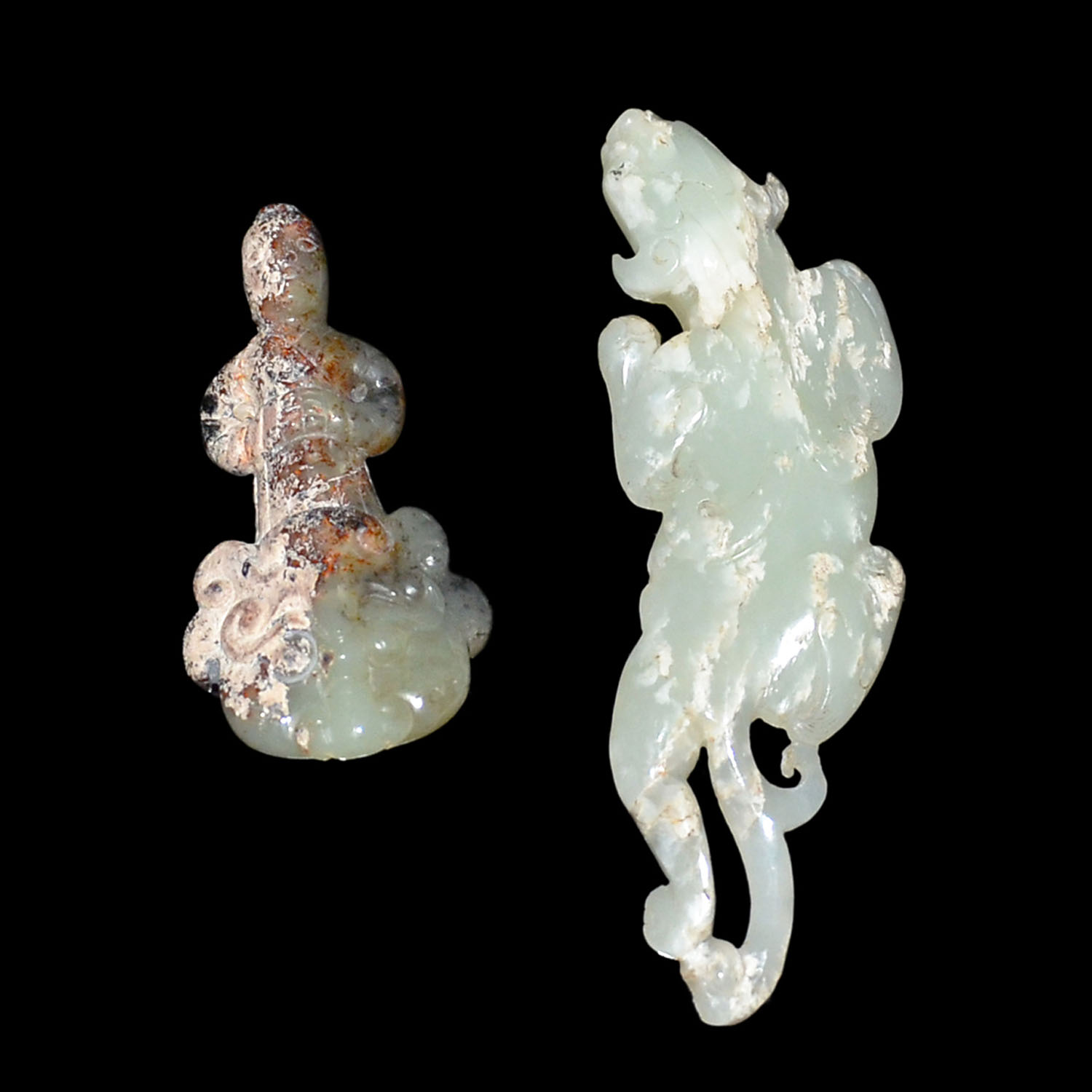 Lot 19 - 白玉螭龍小賞件(尾有傷) 玉雕人物獸首佩 Two Jade Carvings: Qilin and Mythical Beast (Minor chip at Qilin)  Height: 3⅛