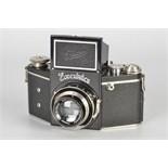 An Ihagee Exakta B Type 4.1 Camera, black, serial no. 487885, with Carl Zeiss Jena Tessar f/2.8 75mm
