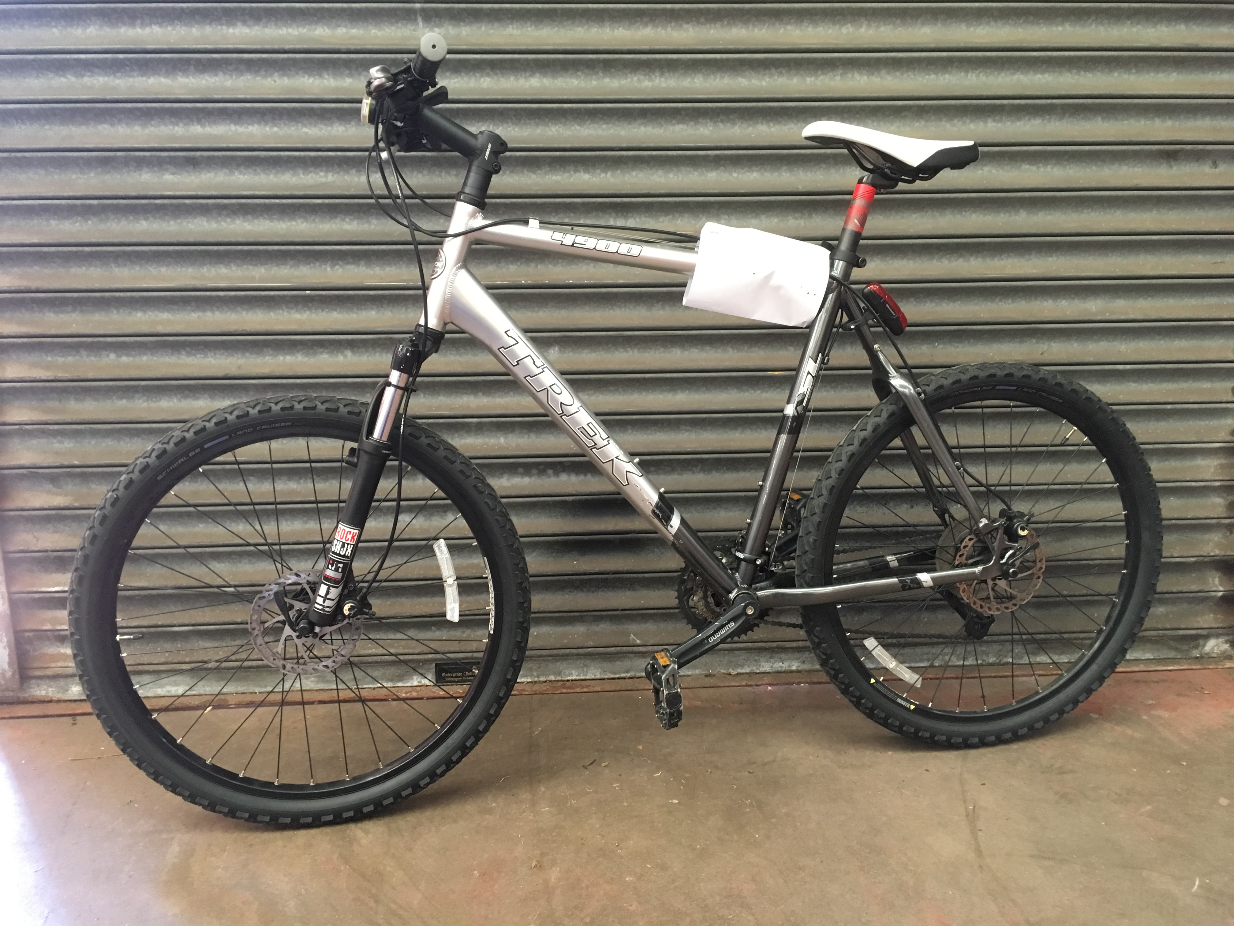 Trek 4900 for sale - Lot 52 Police Trek 4900 Mountain Bike Bicycle No Reserve